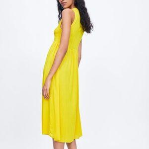 NWT ZARA Yellow ELASTICIZED Medium Summer DRESS